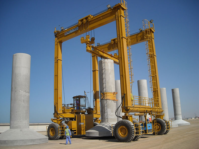 Heavy Lifting Equipment